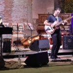 """A Bassa Voce suona a """"Mille e Una Nota"""" a Vicenza, un duo che fa sognare [VIDEO]"""